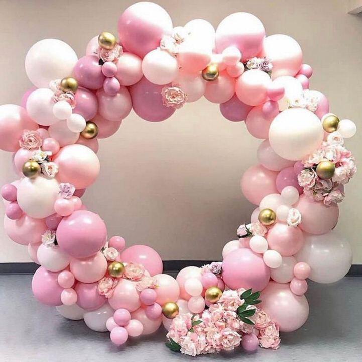 pink balloon circle