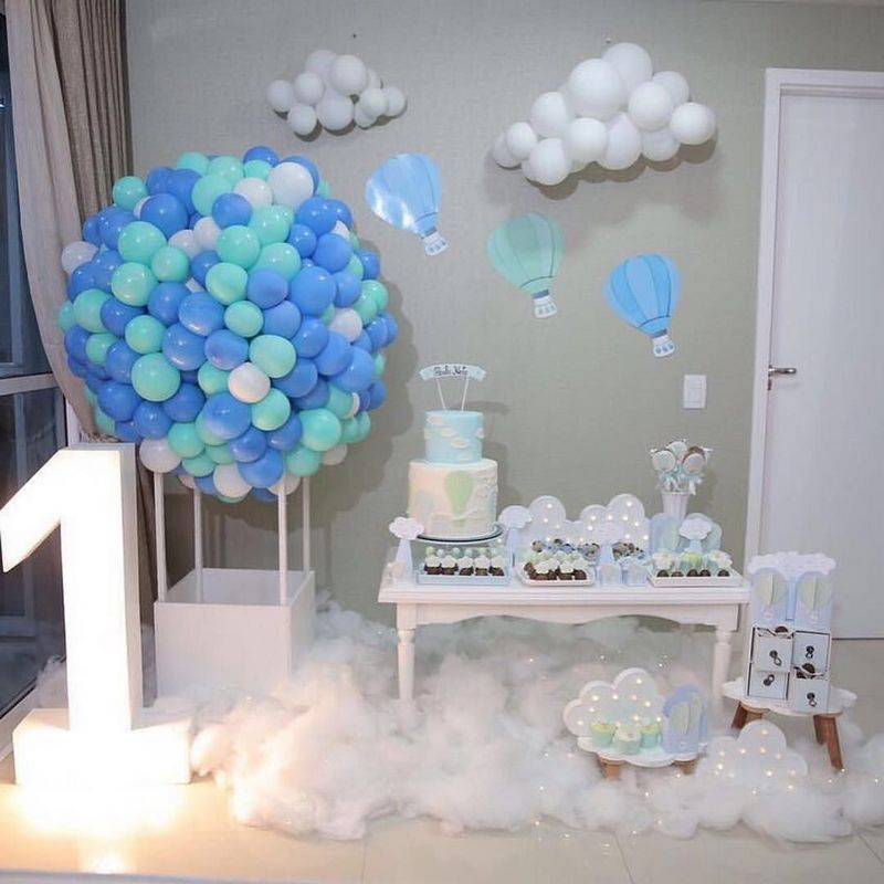 blue balloons for 1st birthday party